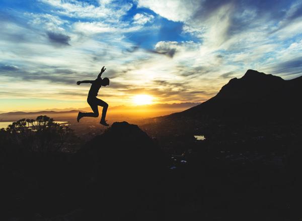 人生に迷ったら気の向くままに進めばいい 歩いた方向に風は吹く